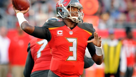 Tampa Bay Buccaneers quarterback Jameis Winston (3) throws a pass against the New Orleans Saints during the first half of an NFL football game Sunday, Dec. 31, 2017, in Tampa, Fla. (AP Photo/Steve Nesius)