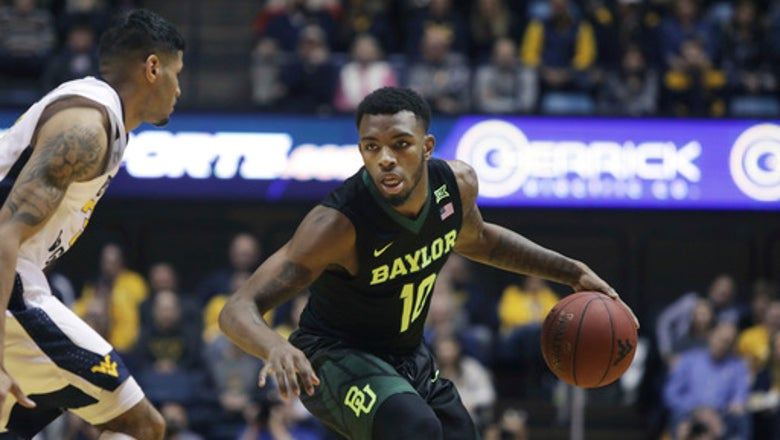 No. 2 West Virginia escapes with 57-54 win over Baylor
