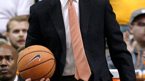 Tennessee coach Rick Barnes argues a call during the first half of the team's NCAA college basketball game against Vanderbilt on Tuesday, Jan. 9, 2018, in Nashville, Tenn. (AP Photo/Mark Humphrey)