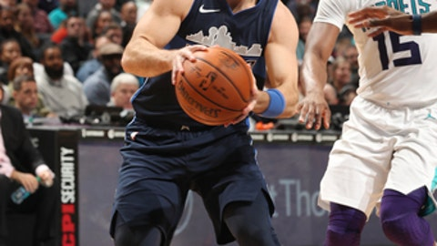 CHARLOTTE, NC - JANUARY 10: J.J. Barea #5 of the Dallas Mavericks handles the ball against the Charlotte Hornets on January 10, 2018 at Spectrum Center in Charlotte, North Carolina. NOTE TO USER: User expressly acknowledges and agrees that, by downloading and or using this photograph, User is consenting to the terms and conditions of the Getty Images License Agreement.  Mandatory Copyright Notice:  Copyright 2018 NBAE (Photo by Kent Smith/NBAE via Getty Images)