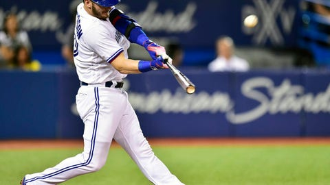 Blue Jays, 3B Donaldson reach record $23M arbitration deal