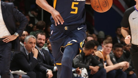 WASHINGTON, DC - JANUARY 10: Rodney Hood #5 of the Utah Jazz handles the ball against the Washington Wizards on January 10, 2018 at Capital One Arena in Washington, DC. NOTE TO USER: User expressly acknowledges and agrees that, by downloading and/or using this photograph, user is consenting to the terms and conditions of the Getty Images License Agreement. Mandatory Copyright Notice: Copyright 2018 NBAE (Photo by Ned Dishman/NBAE via Getty Images)