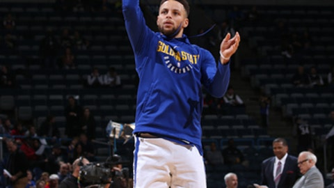 MILWAUKEE, WI - JANUARY 12: Stephen Curry #30 of the Golden State Warriors warms up before the game against the Milwaukee Bucks on January 12, 2018 at the BMO Harris Bradley Center in Milwaukee, Wisconsin. NOTE TO USER: User expressly acknowledges and agrees that, by downloading and or using this Photograph, user is consenting to the terms and conditions of the Getty Images License Agreement. Mandatory Copyright Notice: Copyright 2018 NBAE (Photo by Gary Dineen/NBAE via Getty Images)