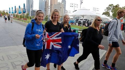 Coco Vandeweghe Has Bizzare Argument Over Banana at Australian Open 2018