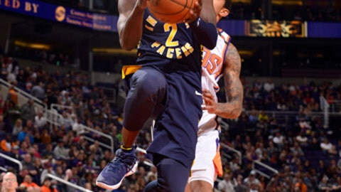 PHOENIX, AZ - JANUARY 14: Darren Collison #2 of the Indiana Pacers goes to the basket against the Phoenix Suns on January 14, 2018 at Talking Stick Resort Arena in Phoenix, Arizona. NOTE TO USER: User expressly acknowledges and agrees that, by downloading and/or using this photograph, user is consenting to the terms and conditions of the Getty Images License Agreement. Mandatory Copyright Notice: Copyright 2018 NBAE (Photo by Barry Gossage/NBAE via Getty Images)