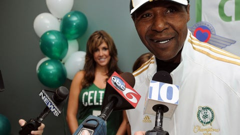 """WARWICK, RI - OCTOBER 28: Former Boston Celtics player Jo Jo White answers questions after two cases carrying the Boston Celtics championship rings arrived on the Southwest Airlines """"Slam Dunk One"""" airplane at T. F. Green Airport October 28, 2008 in Warwick, Rhode Island. The rings will be unveiled and handed out during tonight's season opener against the Cleveland Cavaliers. NOTE TO USER: User expressly acknowledges and agrees that, by downloading and or using this photograph, User is consenting to the terms and conditions of the Getty Images License Agreement. Mandatory Copyright Notice: Copyright 2008 NBAE  (Photo by Darren McCollester/NBAE via Getty Images)"""