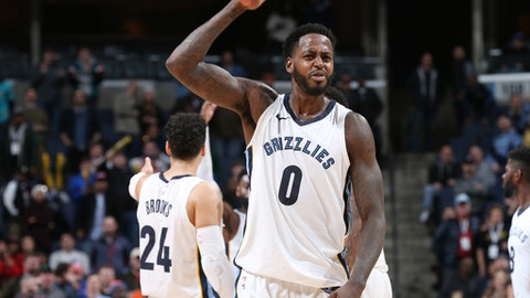 MEMPHIS, TN - JANUARY 17:  JaMychal Green #0 of the Memphis Grizzlies celebrates a win against the New York Knicks on January 17, 2018 at FedExForum in Memphis, Tennessee. NOTE TO USER: User expressly acknowledges and agrees that, by downloading and or using this photograph, User is consenting to the terms and conditions of the Getty Images License Agreement. Mandatory Copyright Notice: Copyright 2018 NBAE (Photo by Joe Murphy/NBAE via Getty Images)