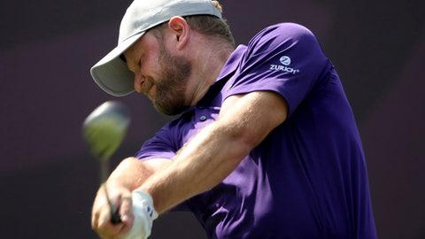 Donaldson Leads In Dubai, McIlroy Lurks