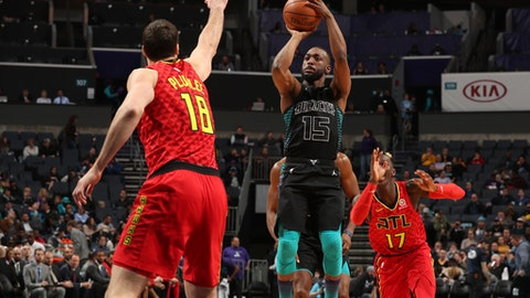 CHARLOTTE, NC - JANUARY 26: Kemba Walker #15 of the Charlotte Hornets shoots the ball during the game against the Atlanta Hawks on January 26, 2018 at Spectrum Center in Charlotte, North Carolina. NOTE TO USER: User expressly acknowledges and agrees that, by downloading and or using this photograph, User is consenting to the terms and conditions of the Getty Images License Agreement.  Mandatory Copyright Notice:  Copyright 2018 NBAE (Photo by Kent Smith/NBAE via Getty Images)
