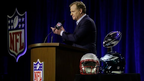 NFL Commissioner Roger Goodell speaks during a news conference in advance of the Super Bowl 52 football game, Wednesday, Jan. 31, 2018, in Minneapolis. The Philadelphia Eagles play the New England Patriots on Sunday, Feb. 4, 2018. (AP Photo/Matt Slocum)