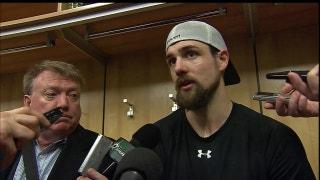 Jamie Benn scores a goal to help Stars beat Sabres