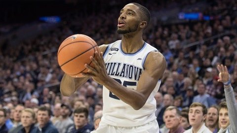 Jan 10, 2018; Philadelphia, PA, USA; Villanova Wildcats guard Mikal Bridges (25) takes a shot against the Xavier Musketeers during the second half at Wells Fargo Center. Mandatory Credit: Bill Streicher-USA TODAY Sports
