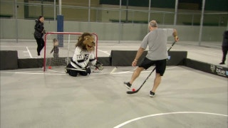 LA Kings Weekly: Ball Hockey