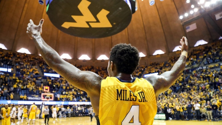 No. 6 West Virginia crushes the Texas Longhorns, 86-51