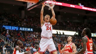 Hawks LIVE To GO: Cold shooting dooms Hawks in loss to Bulls