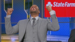 Michael Strahan went BONKERS over the Vikings' comeback — and his correct pregame pick