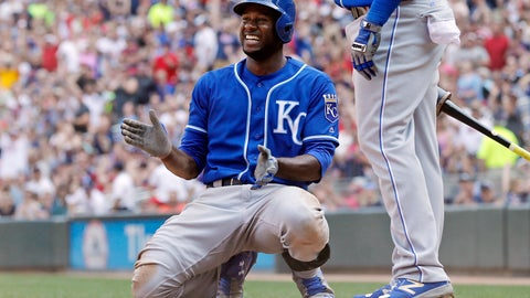 Lorenzo Cain signs a 5-year/$80M deal with Milwaukee
