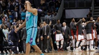Hornets LIVE To Go: Controversial finish caps Hornets' fourth-quarter collapse against Heat