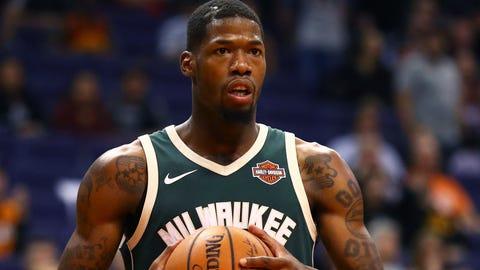 Bucks sign Munford to two-way contract; Bolomboy earns standard National Basketball Association deal