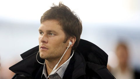 Dec 17, 2017; Pittsburgh, PA, USA;  New England Patriots quarterback Tom Brady (12) arrives at the stadium to play the Pittsburgh Steelers at Heinz Field. Mandatory Credit: Charles LeClaire-USA TODAY Sports