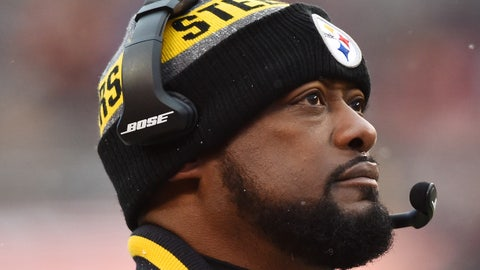 Nov 20, 2016; Cleveland, OH, USA; Pittsburgh Steelers head coach Mike Tomlin during the game at FirstEnergy Stadium. Mandatory Credit: Ken Blaze-USA TODAY Sports