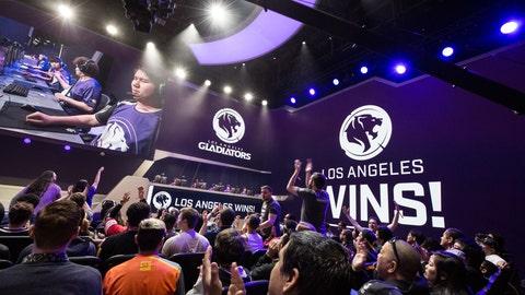 LA wins!