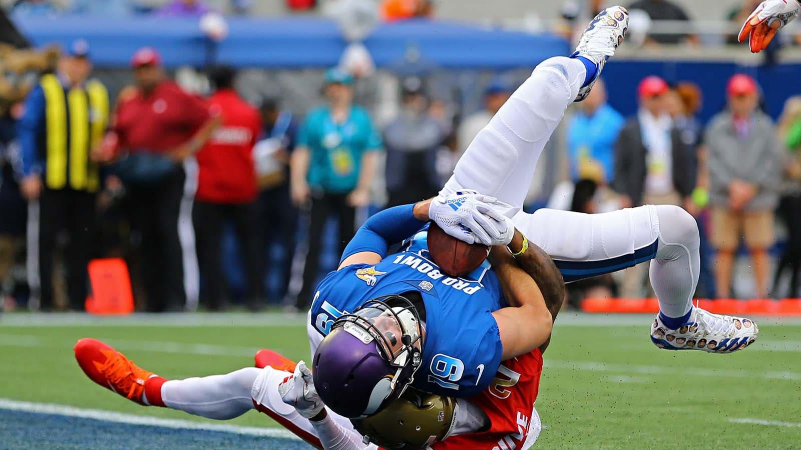 more photos b46e7 beabc Pro Bowl: Thielen, Smith score touchdowns in NFC's 24-23 ...