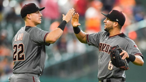 D-backs avoid arbitration with 9 players including Ray, Lamb, Pollock