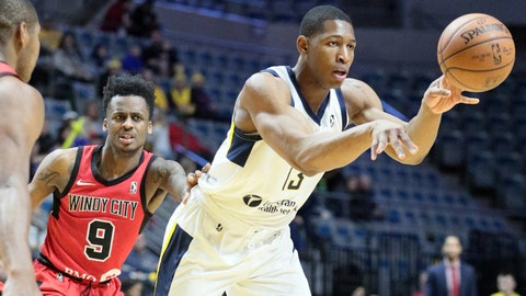 Ike Anigbogu of Fort Wayne Mad Ants