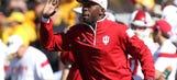 Chiefs hire Deland McCullough as running backs coach