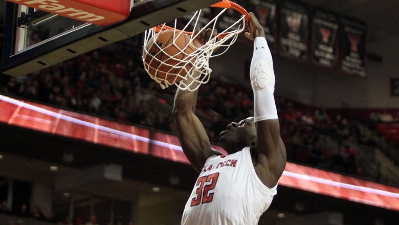 Evans 27 points as No. 18 Texas Tech beats K-State 74-58