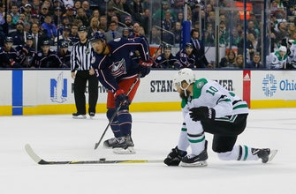 Images of Panarin scores in shootout as Blue Jackets beat Stars 2-1