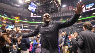 Zach Randolph receives standing ovation in return to Memphis