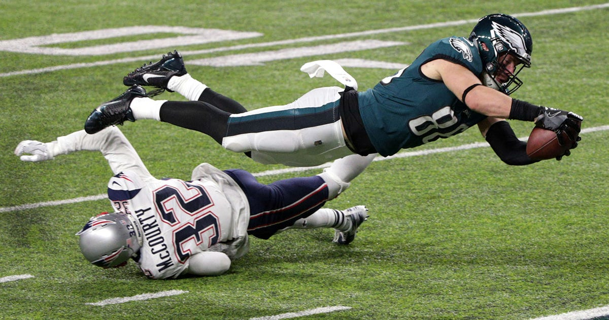 Skip Compares Zach Ertz S Td Catch In Super Bowl Lii To Dez Bryant S Incomplete Pass Against Packers In The Playoffs
