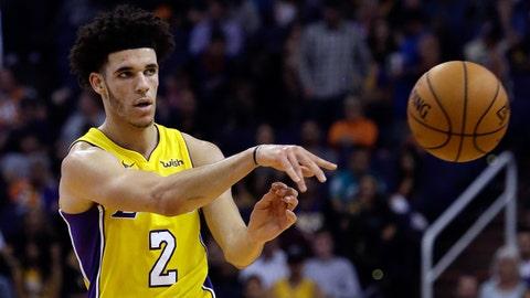 Nov 13, 2017; Phoenix, AZ, USA; Los Angeles Lakers guard Lonzo Ball (2) in the second half against the Phoenix Suns at Talking Stick Resort Arena. Mandatory Credit: Rick Scuteri-USA TODAY Sports
