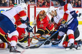 Roberto Luongo returns, Panthers spread scoring around in win over Flames