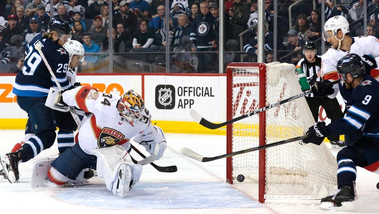 Panthers falter late in loss to Jets