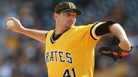 Daniel Hudson headed to Rays after trade with Pirates