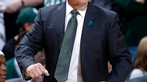 Michigan State coach Tom Izzo reacts during the first half of an NCAA college basketball game against Penn State, Wednesday, Jan. 31, 2018, in East Lansing, Mich. (AP Photo/Al Goldis)