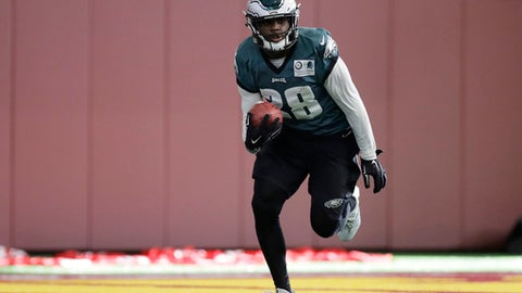 Philadelphia Eagles running back Wendell Smallwood (28) runs during a practice for the NFL Super Bowl 52 football game Thursday, Feb. 1, 2018, in Minneapolis. Philadelphia is scheduled to face the New England Patriots Sunday. (AP Photo/Eric Gay)