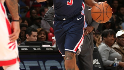 WASHINGTON, DC - FEBRUARY 1:  Bradley Beal #3 of the Washington Wizards handles the ball against the Toronto Raptors on February 1, 2018 at Capital One Arena in Washington, DC. NOTE TO USER: User expressly acknowledges and agrees that, by downloading and or using this Photograph, user is consenting to the terms and conditions of the Getty Images License Agreement. Mandatory Copyright Notice: Copyright 2018 NBAE (Photo by Ned Dishman/NBAE via Getty Images)