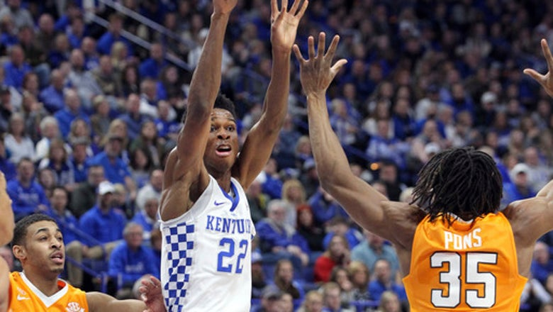 Turner helps No. 15 Tennessee beat No. 24 Kentucky