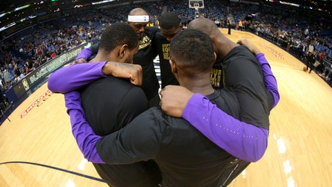 NEW ORLEANS, LA - FEBRUARY 5: The New Orleans Pelicans huddle before the game against the Utah Jazz on February 5, 2018 at Smoothie King Center in New Orleans, Louisiana. (Photo by Layne Murdoch/NBAE via Getty Images)