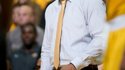Missouri head coach Cuonzo Martin shouts instructions to his team during the first half of an NCAA college basketball game against Mississippi State Saturday, Feb. 10, 2018, in Columbia, Mo. Missouri won the game 89-85. (AP Photo/L.G. Patterson)