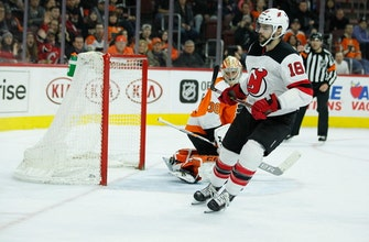Hall, Stafford lift Devils to 5-4 shootout win over Flyers