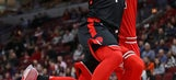 Lowry leads Raptors to 7th win in row, 122-98 over Bulls