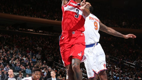 NEW YORK, NY -FEBRUARY 14: Bradley Beal #3 of the Washington Wizards goes to the basket against the New York Knicks on February 14, 2018 at Madison Square Garden in New York, NY. (Photo by Ned Dishman/NBAE via Getty Images)