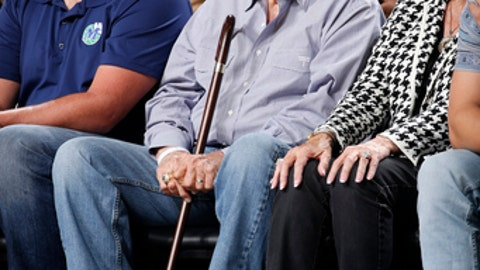 DALLAS, TX - OCTOBER 18:  Former Dallas Mavericks owner, Don Carter, attends the Atlanta Hawks game against the Dallas Mavericks at the American Airlines Center in Dallas, Texas on October 18, 2017. (Photo by Glenn James/NBAE via Getty Images)