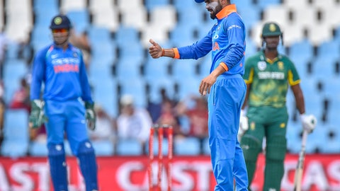 Indian captain Virat Kohli sets his field during the fourth ODI cricket match between South Africa and India in Pretoria, South Africa on Friday, February 16, 2018. (AP Photo/Christiaan Kotze)