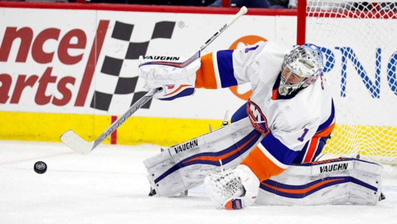 Greiss makes 45 saves, Islanders beat Hurricanes 3-0